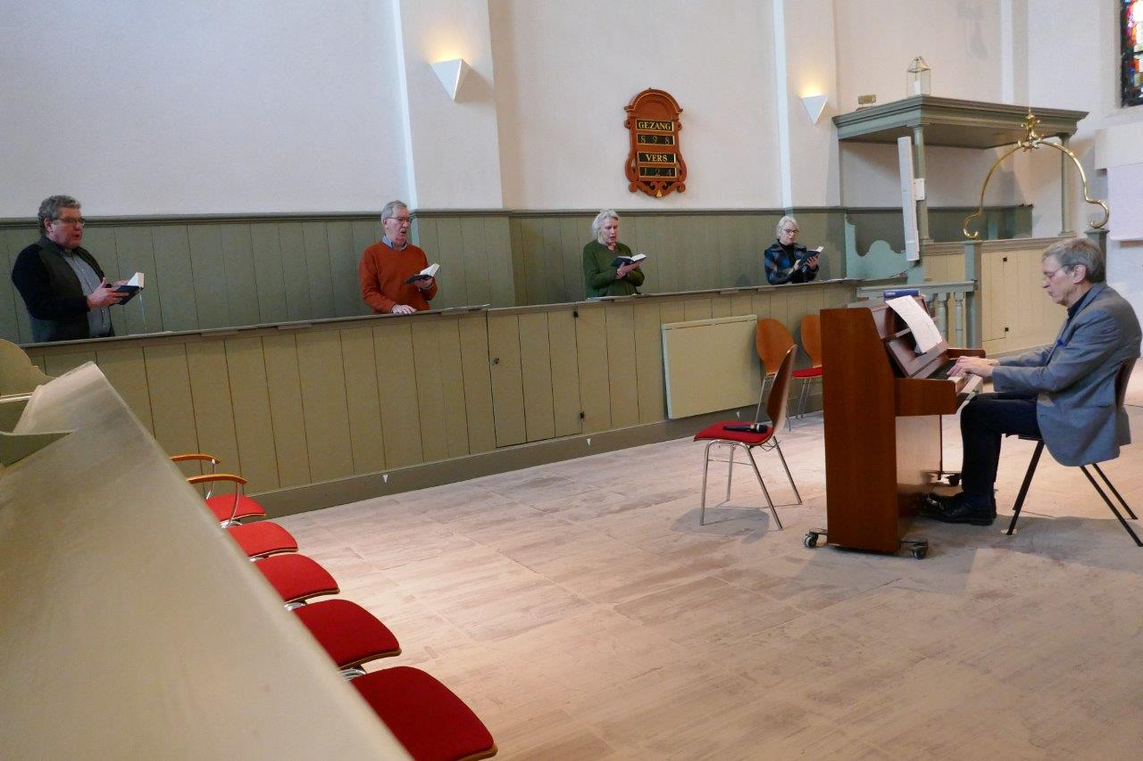 06.zingen-id-kerk